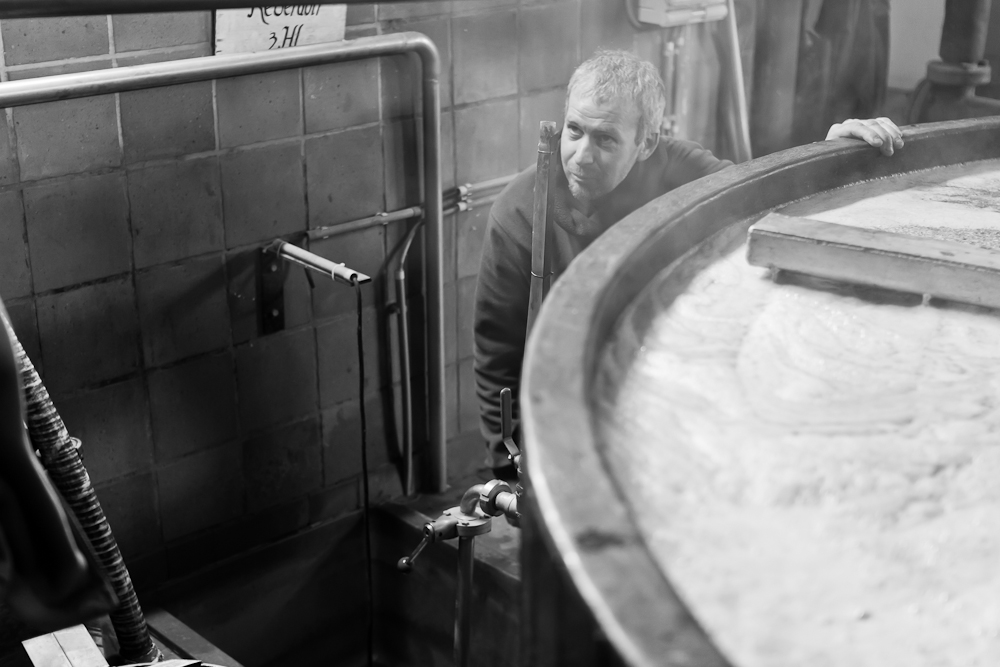 Brasserie Caracole - Falmignoul - 2012 - Blutch filtre la maische